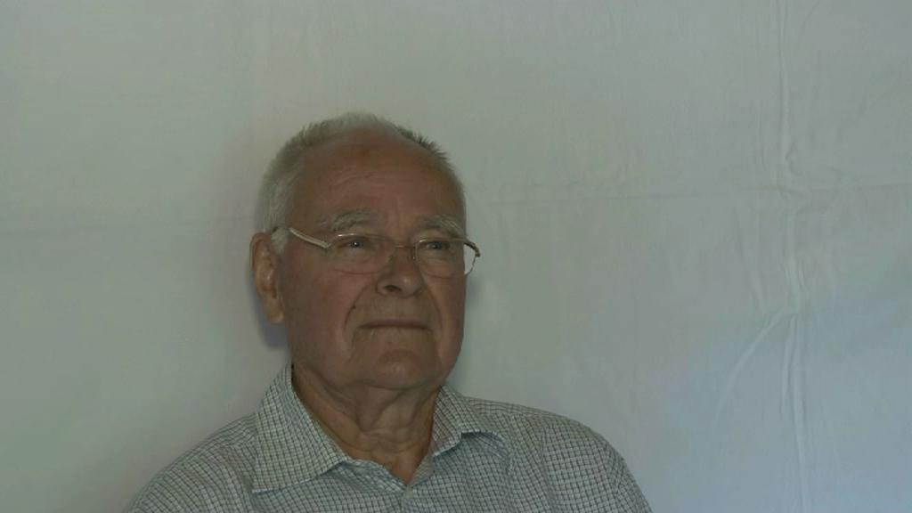 Wolfgang Stender